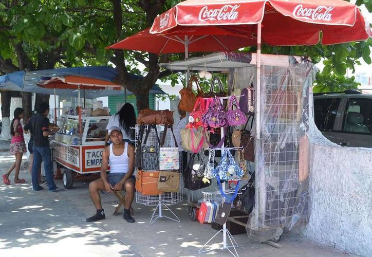 El ambulantaje aumentó al inicio de esta administración municipal en 20%. (Yenny Gaona/SIPSE)