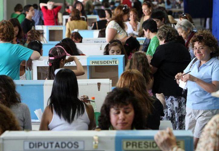 En Chile, la elección presidencial coincidirá con el 40 aniversario del golpe de Estado. (EFE/Archivo)