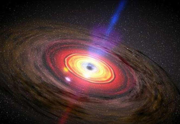 """El Inaoe declaró que los agujeros negros """"son más comunes de lo que se pensaba. (excelsior.com,.mx)"""