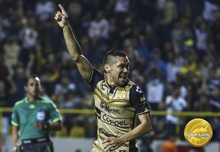 Este sábado, Freddy Martín marcó su primer gol en la Liga MX con los Dorados de Sinaloa, sin embargo su equipo cayó 2-3 ante los Pumas y continúa como serio candidato a descender al final del torneo. (Twitter: @Dorados)