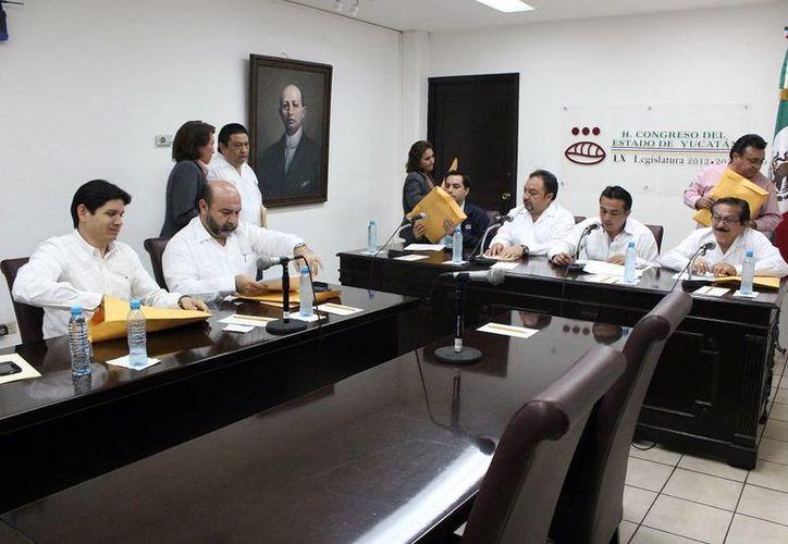 Diputados integrantes de la Comisión de Presupuesto. (Milenio Novedades)