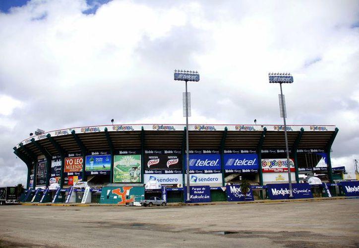 El estadio Kukulcán será sometido a trabajos de remozamiento. (Juan Albornoz/SIPSE)