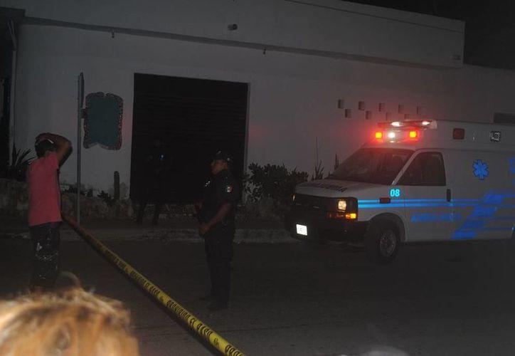 Un expolicía fue asesinado presuntamente al ser asaltado en su vivienda, en Playa del Carmen. (Redacción/SIPSE)