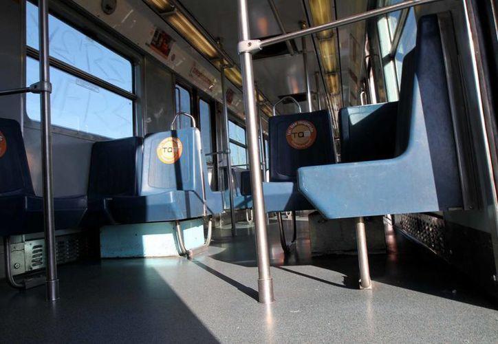 El programa del Sistema de Transporte Colectivo está destinado para beneficiar hasta dos mil 500 personas. (Notimex)