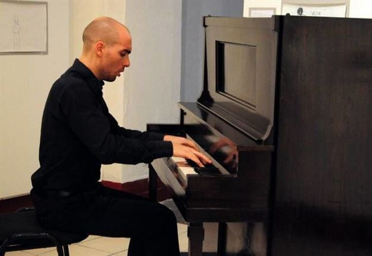 El concierto tendrá la participación especial del pianista y exalumno de la Esay Amos Lucidi. (Milenio Novedades)