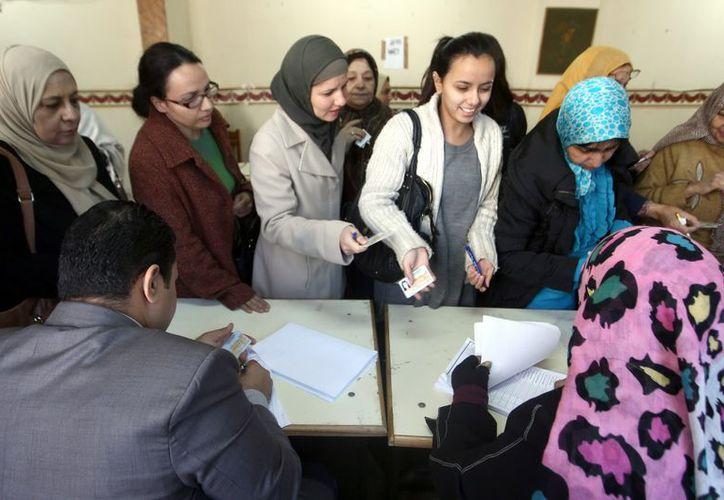El anunco se dio  durante la jornada electoral. (EFE)