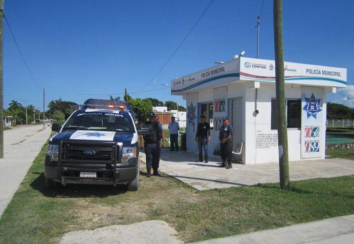 Elementos de la Policía Municipal Preventiva brindarán servicio al poblado Calderitas durante el período vacacional. (Redacción/SIPSE)