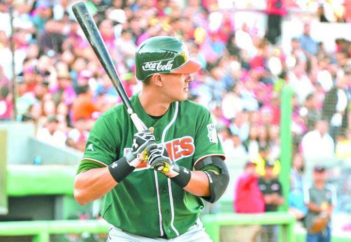 Gracias a un jonrón de Jaime Pedroza, los Leones empatan la serie ante Tijuana. (Milenio Novedades)