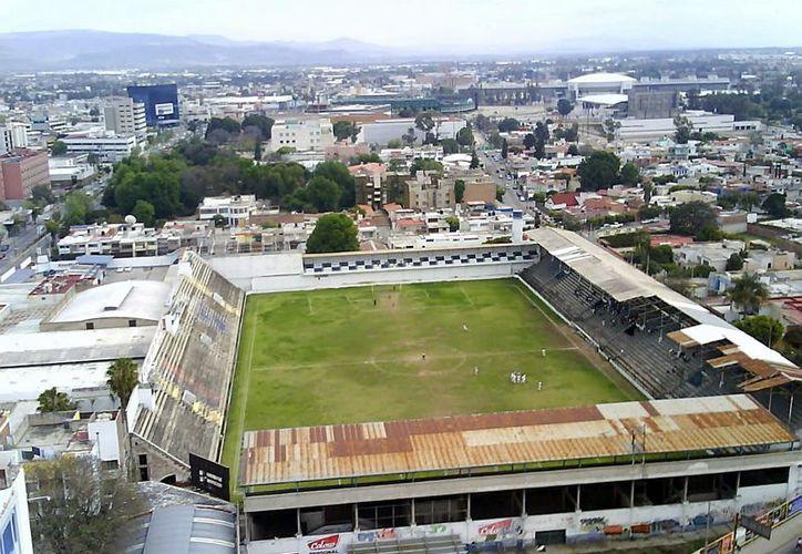 Pretendían demoler el Estadio, sin embargo el Municipio detuvo dicha acción por falta de permisos (Solodeporte)