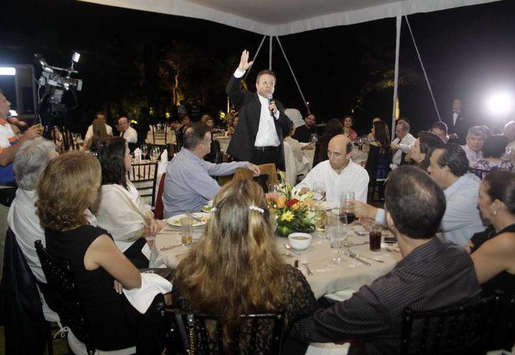 Mons. Eduardo Chávez Sánchez habló de los avances del segundo Centro Guadalupano en Mérida. (Christian Ayala/SIPSE)