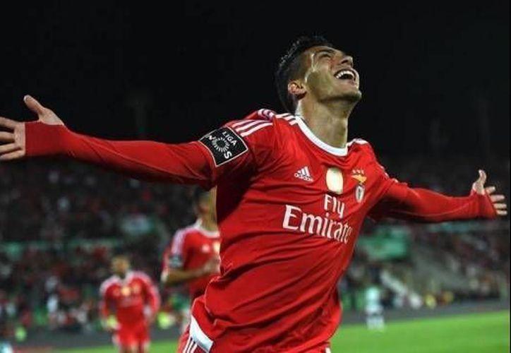 Raúl Jiménez celebra el tanto del Benfica ante Rio Ave. (Twitter: Raúl Jiménez)
