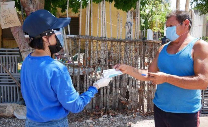 Este pago representa un respiro para los pescadores, pues les sirve para alimentar a sus familias. (Novedades Yucatán)