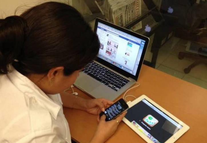 La creación de páginas de internet y administración de redes sociales, es ya un perfil destacado en Yucatán. (SIPSE)