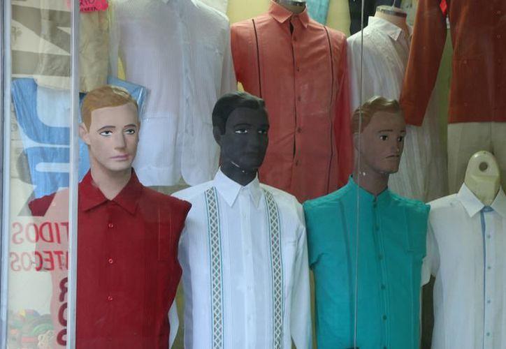 Aseguran que por su calidad la ropa hecha por manos yucatecas es bien aceptada en Nueva York. (SIPSE)