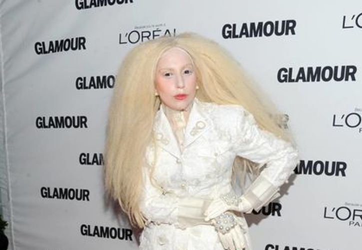 Lady Gaga fue una de las mujeres premiadas por la revista Glamour. (Agencias)