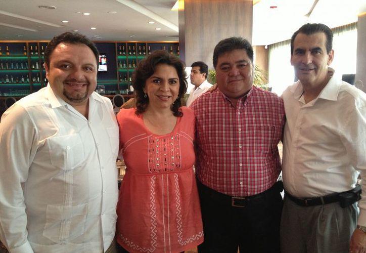 Francisco Torres Rivas, Ivonne Ortega Pacheco, Pedro Flota Alcocer y Miguel Ángel Chico Herrera. (Cortesía)