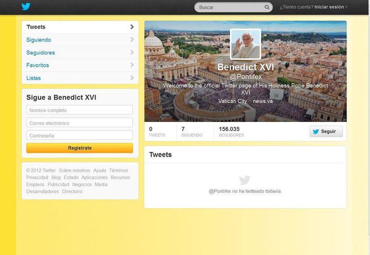 """@pontifex, capturó la atención de la comunidad tuitera y cosechó más de 155 mil """"followers"""". (Twitter)"""