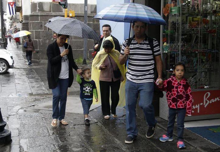 Conagua ajustó el pronóstico de tormentas y huracanes para lo que resta de 2016. (Archivo/Notimex)