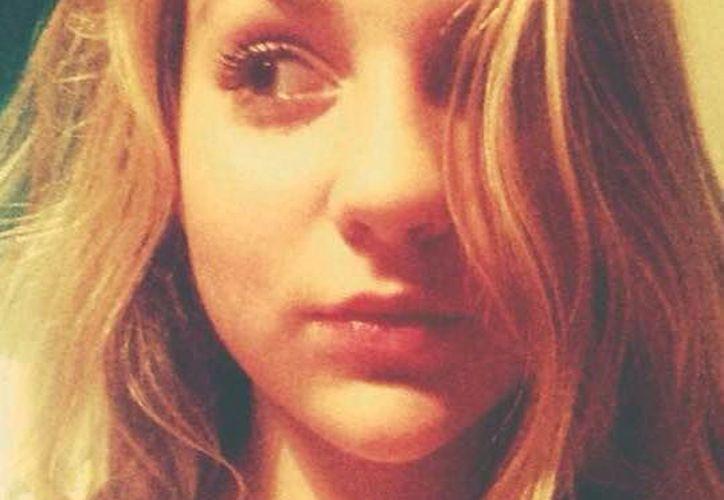 Anneka Baldwin, madre de la damnificada, ha arremetido contra la escuela en su cuenta de Facebook. (Facebook)