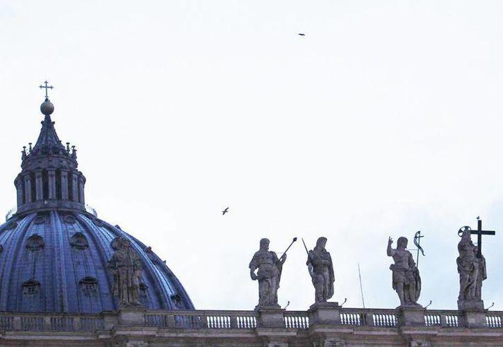 Vista de las estatuas de la capilla Sixtina, en la plaza de San Pedro, en Ciudad del Vaticano. (EFE/Archivo)