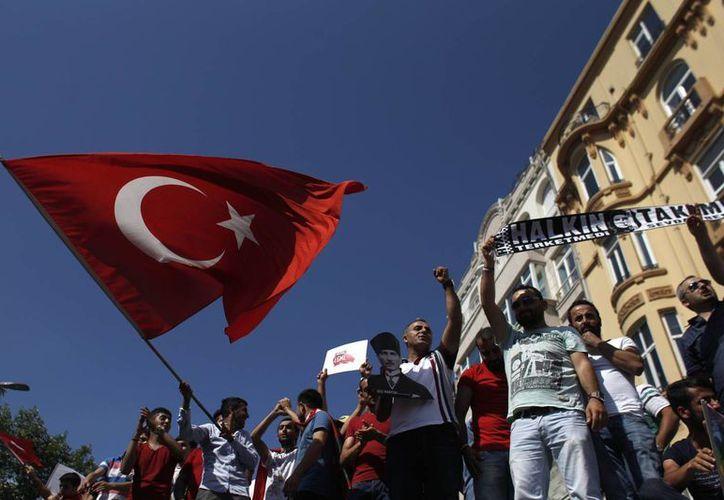 Aumenta el descontento contra el gobierno de Erdogan. (Agencias)