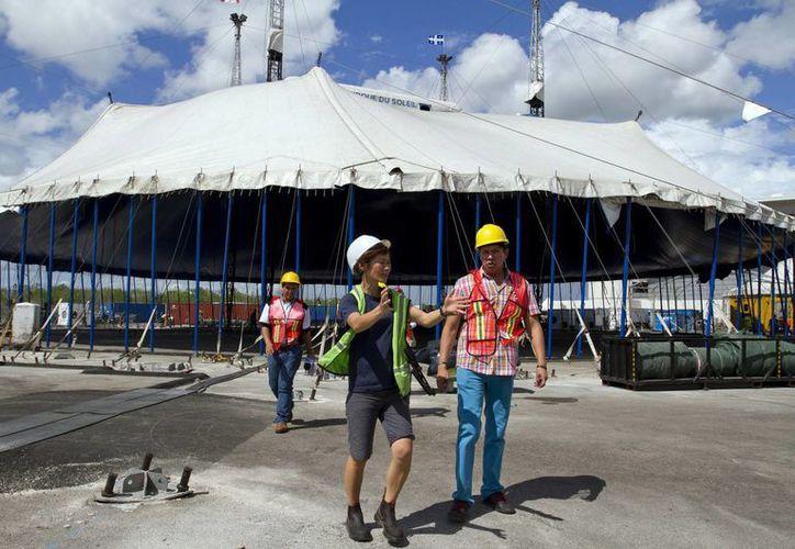 El show 'Corteo' del Cirque du Soleil se presentará en septiembre en la Ciudad de México, En la foto, carpa que utilizarán para el mismo show, pero en Mérida, Yucatán, a partir del 25 de junio. (Notimex)