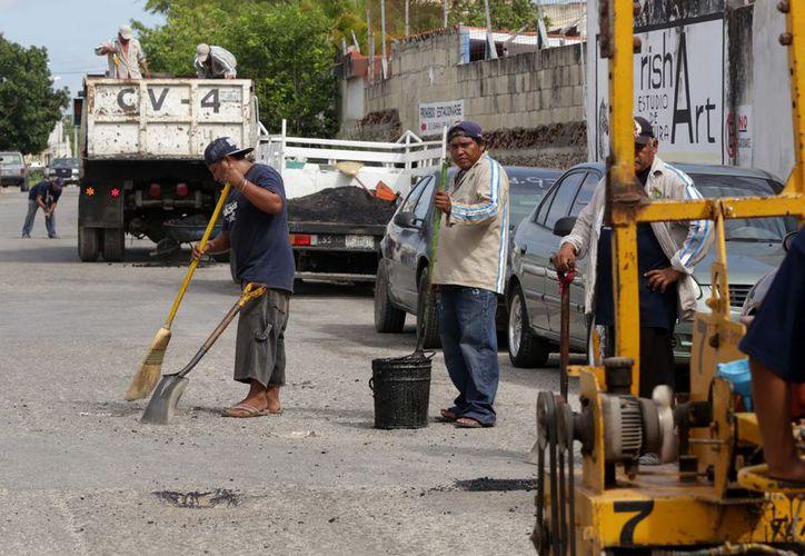 El ayuntamiento continúa con la reparación de diversas avenidas de Mérida. (Milenio Novedades)