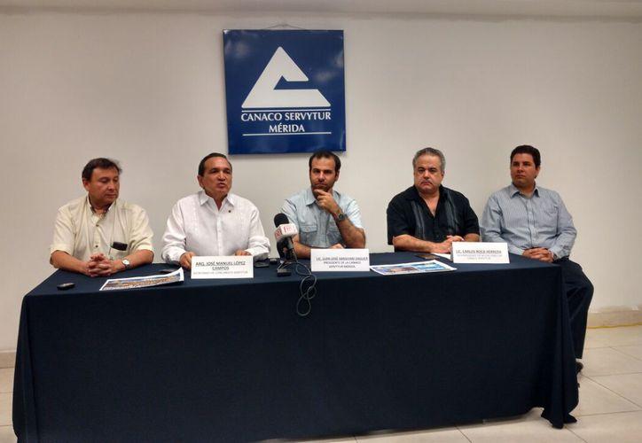 Canaco-Mérida anunció que Mérida recibirá, entre el 26-28 y de abril, a unos 300 socios por una convención especial por el festejo del centenario de la Concanaco. (Candelario Robles/SIPSE)