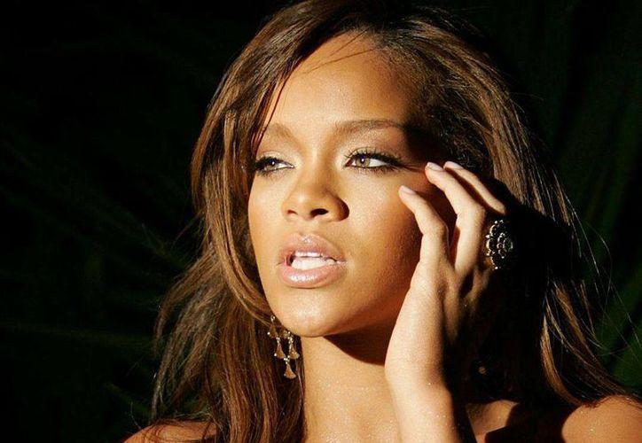 Rihanna ha salido desnuda intencionalmente en varias ocasiones. (Agencias)