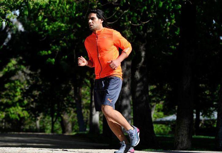 Como parte de su recuperación, Falcao corre diariamente 10 kilómetros, además de hacer otras actividades como natación. (Facebook/Falcao)