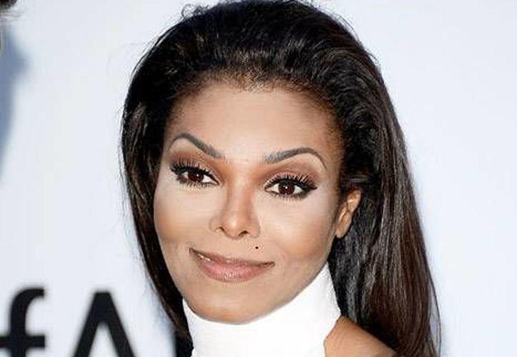 Janet Jackson está a punto de lanzar su primer álbum en 7 años. En la imagen se aprecia a la cantante en el festival de cine de Cannes 2015. (AP)