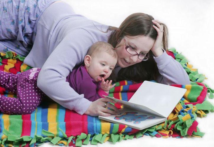 La lectura logra despertar la imaginación y favorecer las conexiones neuronales del cerebro de los niños. Foto: Contexto