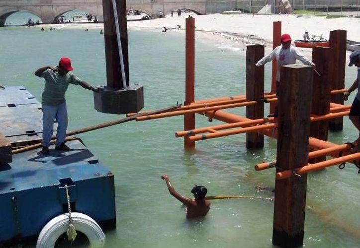Trabajos de construcción en el muelle de Progreso. (SIPSE/Foto de contexto)