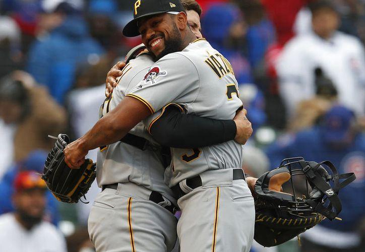 Piratas de Pittsburgh vencieron hoy 8-5 a los Cachorros de Chicago y siguen invictos en lo que va de la temporada. (Vanguardia MX)