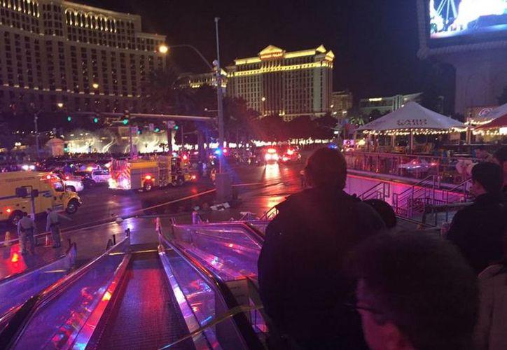 Imagen del lugar donde una mujer atropelló a varias personas en Las Vegas. (KelseyNews3LV)
