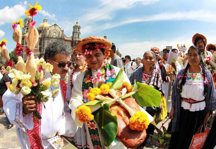 El Operativo Villa de Guadalupe tiene por objetivo garantizar que la estancia de los fieles en la Basílica sea segura y sea placentera. La imagen corresponde a la llegada de peregrinos el pasado mes de octubre. (Archivo/Notimex)