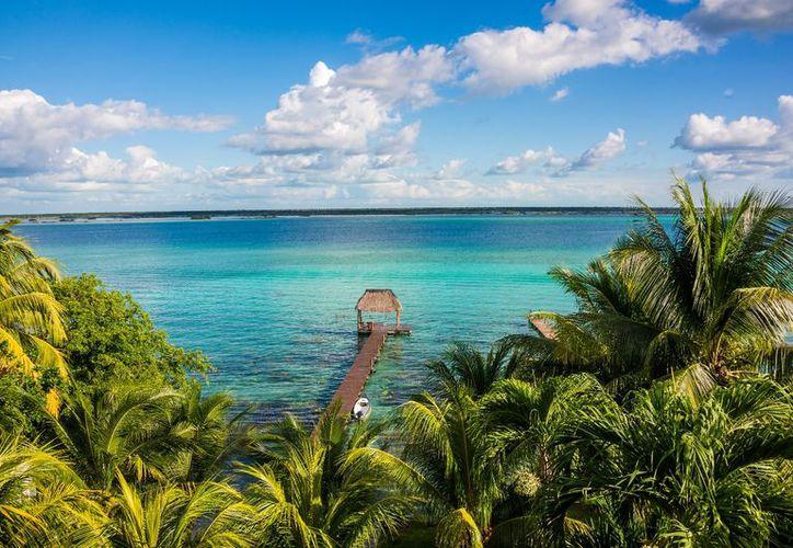 La Laguna de Bacalar es un escenario perfecto para los amantes de la aventura y la naturaleza. (Foto: Contexto/Internet)