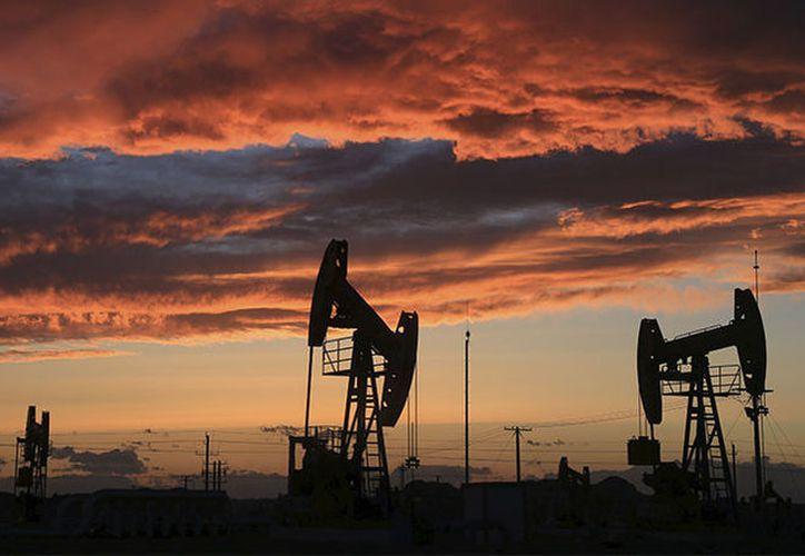 China ocupa el 13.º lugar del mundo por reservas probadas de petróleo. (RT)