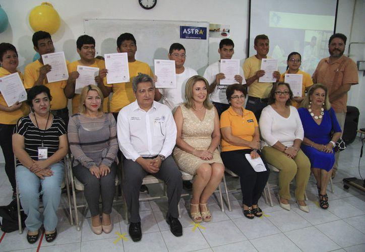 El evento contó con la participación de integrantes del Sistema Desarrollo Integral de la Familia. (Luis Soto/ SIPSE)