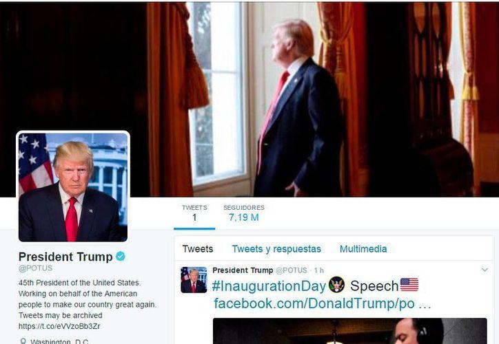 Donald Trump tomó la cuenta @POTUS de Twitter, que corresponde al Presidente de los Estados Unidos.