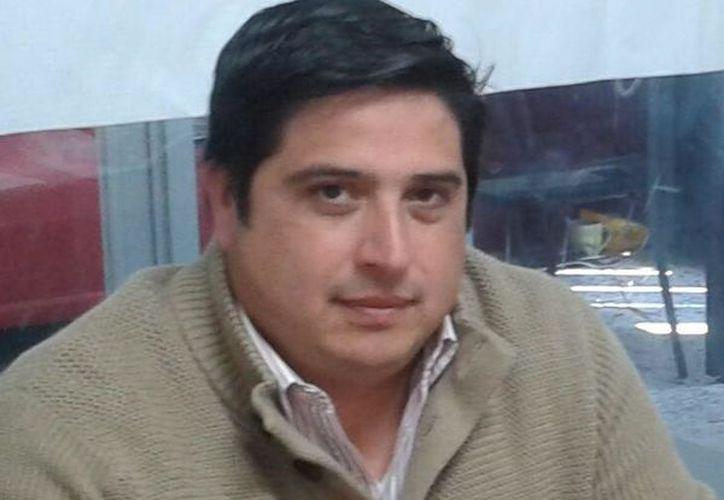El diputado justificó su reacción diciendo que sin el fuero 'estamos parejos'. (@JLRomeroCalzada/Facebook)