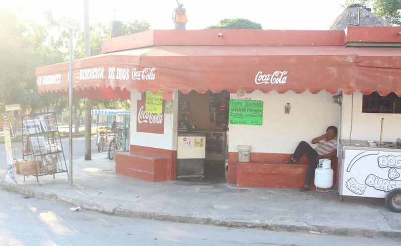 Los dueños de tienditas de Felipe Carrillo Puerto recibirán apoyo del programa  Caribeña Emprendedora. (Benjamín Pat/SIPSE)