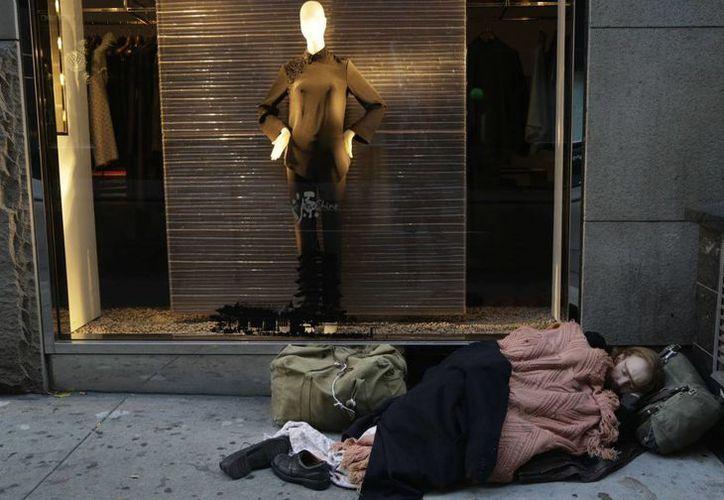 Los millonarios de Nueva York consideran 'vergonzoso' que más de 80 mil personas vivan sin un techo en la ciudad. Por ello, están dispuestos a colaborar con el gobierno pagando más impuestos.  (thenation.com)