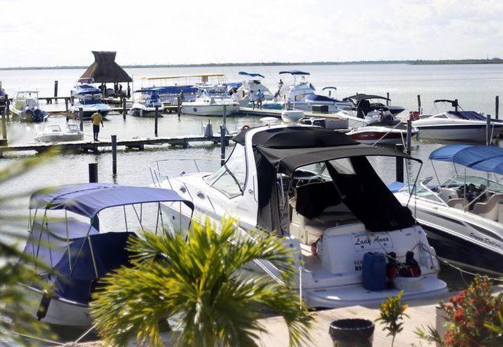 Para construcción de la rampa pública de embarcaciones se pretende destinar dos millones de pesos. (Israel Leal/SIPSE)