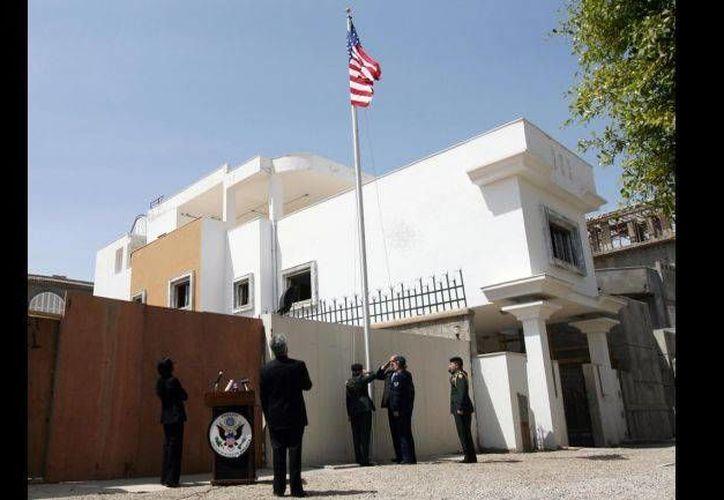 El personal diplomático de Estados Unidos abandonó Libia por la ola de violencia que vive ese país. (globalpost.com)