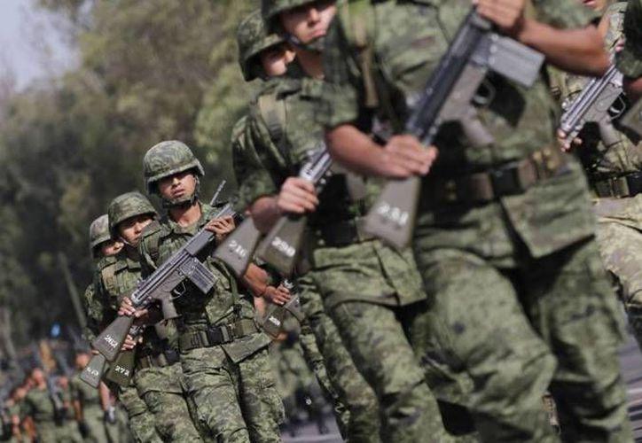 La educación militar es un proceso de transformación física, mental y cultural de hombres y mujeres. (Archivo/SIPSE)