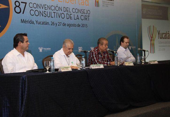 Integrantes de la Convención del Consejo Consultivo de la CIRT concluyeron que es necesario que se otorgue plena certidumbre legal a la industria de la comunicación. (Milenio Novedades)
