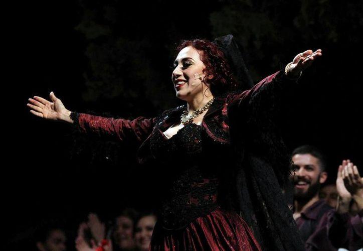 Lydia Rendón protagoniza la ópera 'Carmen', la cual se presentarán hoy en el Centro Cultural 'Fernando Sánchez García'. (Milenio Novedades)