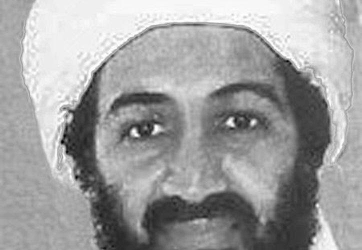 Imagen facilitada por el FBI, a través de su página web, que muestra al líder de Al Qaeda, Osama bin Laden. (EFE/Archivo)