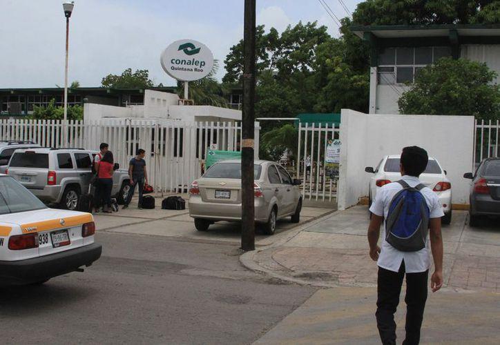 Acusan que el actual encargado no ha reconocido al representante del Sitem en Quintana Roo. (Joel Zamora/SIPSE)